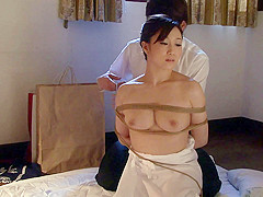 Shion Utsunomiya in Housewife Yu Bondage Sex - MilfsInJapan